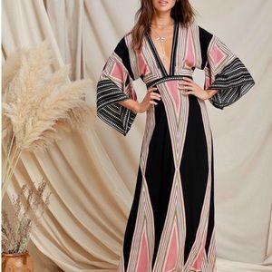 NWT | Lulus | Montecito Black Print Maxi Dress | M